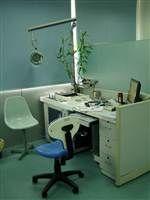 耳鼻喉科医生诊室
